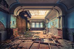 Ballroom in an abandoned hotel (Photo by Matthias-Haker)