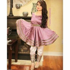 Afghan Clothes, Afghan Dresses, Henna Night, Kurti Designs Party Wear, Stylish Dresses, Designer Dresses, Party Dress, Girls Dresses, Womens Fashion