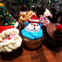 On the #ninth day of #christmas my #truelove gave to me: 9 Christmas #cupcakes, 8 assorted macaron, 7 panettone, 6 slices of prosciutto di Parma, 5 scoops of Gelato, 4 Amaretti, 3 bags of coffee, 2 gingerbread latte and a pizza from Lamanna's Italian bakery :)