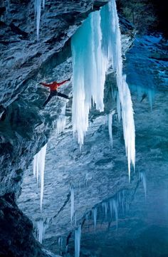 Climber Peter Ortner scales a frozen waterfall that could shatter and drop with one wrong move in Zirknitzgrotte, Austria. photo by Martin Lugger Ski Extreme, Extreme Sports, Ice Climbing, Mountain Climbing, Trekking, Salzburg, Hallstatt, Vida Natural, Klagenfurt