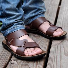 Aliexpress.com: Comprar Las sandalias masculinas de la tendencia de las sandalias masculinas hombres ocasionales del dedo del pie abierto de cuero sandalias de verano 2015 antideslizante fashionbeautiful de Sandalias confiables proveedores de fashion men 520.