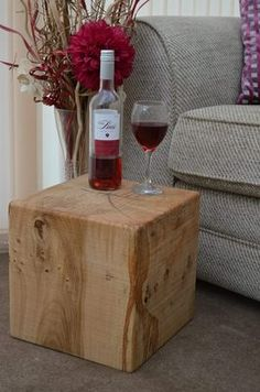SOLID ENGLISH OAK BEAM CUBE SIDE TABLE/LAMP STAND    30 X 30 X 30CM