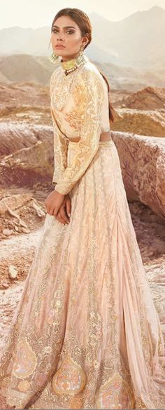 enowned Pakistani designer Durrani wedding dresses summertime that is newest wedding selection 2017 for ladies to elegant gowns. Formal Dresses For Weddings, Wedding Dresses, Latest Bridal Dresses, Indian Fashion, Women's Fashion, Pakistani Dresses, Indian Wear, Wedding Things, Summer Wedding