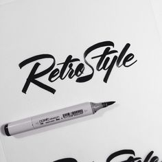 Letra feita com efeito de caneta, que pode ser utilizada com mais frequência dependendo do contexto
