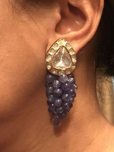 Different Types Of Earrings To Wear Jewelry Design Earrings, Gems Jewelry, Daisy Jewellery, Diamond Jewellery, Jewellery Designs, Fashion Earrings, Western Jewelry, Indian Jewelry, Bridal Earrings