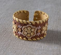 Medium-wide cuff bracelet made of birch bark by the original technique. by SiberianLights on Etsy