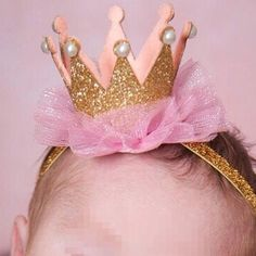 Cheap photo accessories newborn, Buy Quality props girls directly from China props newborn Suppliers: Naturalwell Newborn Crown Headband Gold princess crown Baby Girls Cute Hair Band Infant Kids Hair Accessories Photo Props Baby Crown Headband, Newborn Crown, Flower Crown Hairstyle, Baby Girl Headbands, Pearl Headband, Baby Crowns, Headband Pattern, Toddler Hair Accessories, Girls Accessories