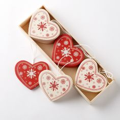 Hearts as decoration - Yahoo Search Results