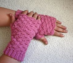 Ροζ Κοχύλια γάντια χωρίς δάχτυλα με tallib στο Etsy