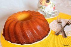 La Torta soffice alla panna è una colazione davvero perfetta! Nonostante sia senza burro né olio, è davvero sofficissima, provare per credere! Cheesecakes, Brownies, Cake Cookies, Muffin, Food And Drink, Pie, Pumpkin, Sweets, Baking