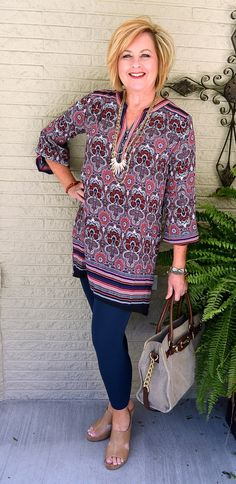 Best Clothing Styles For Women Over 50 - Fashion Trends Fashion Over Fifty, 60 Fashion, Plus Size Fashion For Women, Fashion Tips For Women, Autumn Fashion, Fashion Outfits, Ladies Fashion, Fashion Trends, Mom Outfits