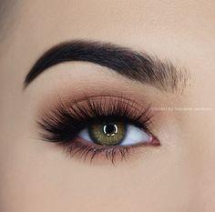 Natural eye make-up for everyday use Make-up # everyday makeup . - Augen make up alltag Makeup Kit, Skin Makeup, Makeup Inspo, Eyeshadow Makeup, Beauty Makeup, Eyeliner, Makeup Ideas, Hair Beauty, Simple Eye Makeup