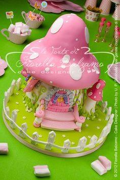 Fairy Garden Cake By Fiorella Balzamo www. Fairy House Cake, Fairy Garden Cake, Garden Cakes, Fairy Houses, Girly Cakes, Fancy Cakes, Pretty Cakes, Cute Cakes, Fondant Cakes