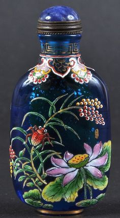AN EARLY 20TH CENTURY CHINESE BEIJING GLASS SNUFF
