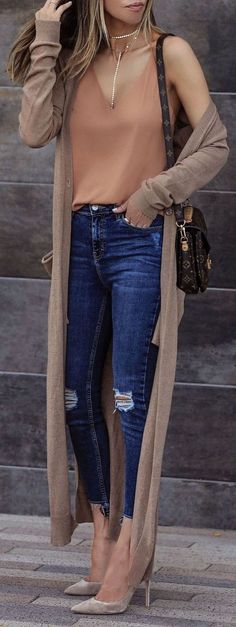 Trending Spring Outfits Ideas You Should Try 56 casual outfits/casual date night outfits/casual outfits for summer/casual outfits for winter/ casual outfits for spring/cute casual outfits/ dressy casual outfits/casual outfits 2018