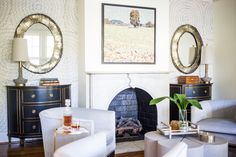 Comfort and elegance are abundant in this sitting room! Click the image to see more photos from this project! #interiordesign #transitionaldesign #remodel #furnishings #collectiondesignlifestyle Living Room Interior, Interior Design Living Room, Living Room Furniture, Living Room Decor, Living Rooms, Living Spaces, Living Room Orange, Living Room Photos, Aesthetic Room Decor