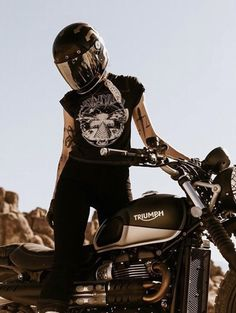Blitz Motorcycles, Cars And Motorcycles, Biker Chick, Biker Girl, Chicks On Bikes, Ac Cobra, Bad Person, Bike Style, My Ride