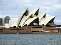 The Sydney Opera House-----Travellers' Choice™ 2013 Winner--- 3,695 reviews from our community---Visitor rating: Excellent: 2,618, Very good: 830,  Average: 190, Poor: 39,Terrible: 18. The visits are made in English, French, Japanese, Chinese, Korean and German.You can see a concert or a show, dine, have a Wedding, go to the bar for a few drinks whilst the sun is setting over the harbour Bridge!