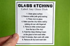 Great Idea for a Neighbor Gift - - You've seen the glass etching you can do with etching cream and vinyl. You've seen how people label their dishes with it. But what if you don't have the supplies and it's really not practical to b…. Vinyl On Glass, Glass Art, Mason Jar Crafts, Bottle Crafts, Glass Etching Stencils, Glass Engraving, Neighbor Gifts, Glass Blocks, Glass Dishes