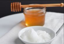 How To Make Pores Disappear With Only 1 Ingredient Naturally Baking Soda and Coconut Oil Face Mask For Acne Scars skin care Beauty Care, Beauty Skin, Beauty Hacks, Beauty Tips, Diy Beauty, Beauty Products, Beauty Ideas, Beauty Secrets, Health Products