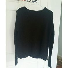 Chunky black sweater Super cozy and soft. Perfect to wear over shirts. H&M Sweaters Crew & Scoop Necks