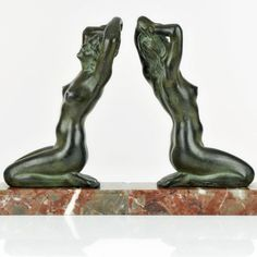 Rare-1930s-French-ART-DECO-NUDE-LADY-SCULPTURE-BOOKENDS-by-M-FONT-signed