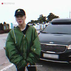 this jimin edit is dope 👌🏻💜 [ ] Boyfriend Video, My Boyfriend, Yoonmin, Bts Boys, Bts Bangtan Boy, Jikook, Kpop Gifs, Foto Jimin, Jin