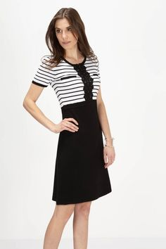 Clothing For Women Fashion Essentials, Leo, Dresses For Work, Guys, Knitting, Birthday, Pants, Jackets, Shopping