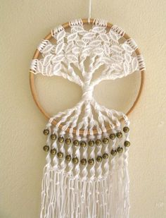 Macrame tree of life 6 inch hoop wall hanging tree of life dream catcher with brass bead detail boho home decor hippie art incomparable rustic home decor plants ideas interior design Macrame Art, Macrame Projects, Macrame Knots, Micro Macrame, Hippie Kunst, Hippie Art, Hippie Boho, Boho Home, Hippie Home Decor