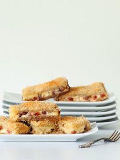 Τσίζκεϊκ με κανταΐφι Easy Cheesecake Recipes, Sweets Recipes, Greek Desserts, Fun Desserts, Sweet Treats, Good Food, Favorite Recipes, Cooking, Breakfast