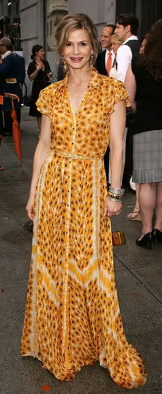 Kyra Sedgwick in lovely mid-size print, and swishy fabric with lots of movement.