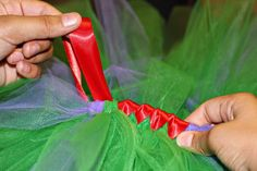 Love this tutorial on how to satin wrap a tutu - so easy! Why didn't I think of that?