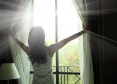 9 gestes à réaliser le soir pour un réveil tout en beauté - Améliore ta Santé