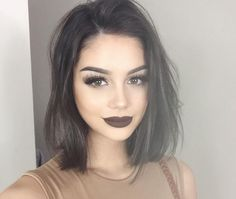 6 tips de maquillaje para mujeres con pelo negro