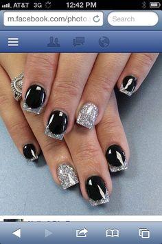 Glittery nails ✨