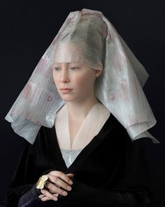 artist suzanne jongmans recycles packaging materials into renaissance costumes captured in portrait styles from the and centuries. Renaissance Mode, Renaissance Costume, Renaissance Fashion, Renaissance Outfits, Photo Portrait, Portrait Photography, Woman Photography, Woman Portrait, Art Du Monde