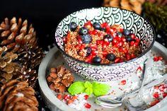 Quinoa kaše smandlovým mlékem aovocem – Jezte sláskou