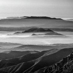 sierra,mono,monochrome,blackandwhite,sky,landscape,nature,sunset,sunrise,mountain,fog,misty,clouds,photo,photography,national park,