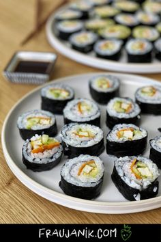 veganes Sushi einfach selber machen #veganesshushi #sushi #vegan #sushiselbermachen #fraujanik #ikea #ikeaschweiz Vegan Recipes, Cheesecake, Diet, Ethnic Recipes, Lifestyle, Just Bake, Lactose Free Recipes, Vegan Sushi, Cheesecakes