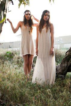 Boho bride & bridesmaid inspiration. Simple, pretty, casual.