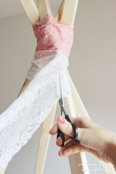 DIY No Sew Teepee for under $30 & the dreamiest lace DIY teepee you can make with no sewing and no ...