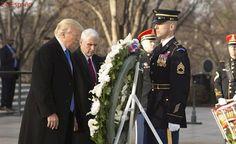 Trump inicia los actos de su investidura con una ofrenda a los caídos en el Cementerio de Arlington