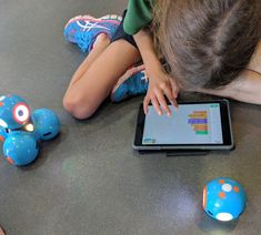 Dash And Dot In The Classroom - Modern Teaching Blog Reflection Examples, Dash And Dot Robots, Educational Robots, Student Drawing, 21st Century Skills, Three Little Pigs, Teaching Aids, Problem Solving, Dots