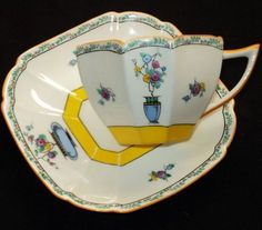 SHELLEY ART DECO YELLOW JARDINERE QUEEN ANNE TEA CUP AND SAUCER $ 495.00