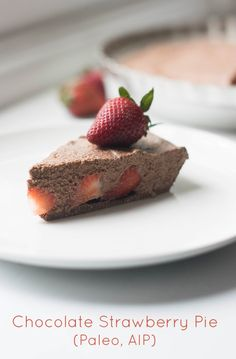 Chocolate Strawberry Pie (AIP/Paleo)