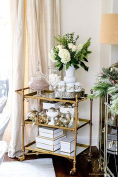 Interior Decorating Plans for your Home Bar – Gold Bar Cart Diy Bar Cart, Gold Bar Cart, Bar Cart Decor, Bar Carts, Bar Cart Styling, Home Bar Decor, Home Decor Items, Future House, Decorating Your Home