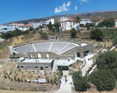 Λειβάδια Ανδρου: Ανοικτό Θέατρο στολίδι στην Ανδρο