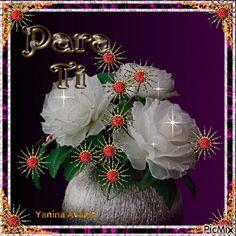 4538769_a78c1.gif (500×500) Christmas Wreaths, Christmas Bulbs, Love Rose, Fireworks, Sparkle, Butterfly, Holiday Decor, Carving, Beautiful