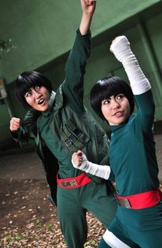 AMAZING cosplay ll Naruto ll Team Guy: Rocklee and Guy (Team Guy's leader)