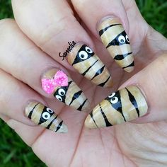 Halloween Nail Art - Girl Mummy, So Cute!